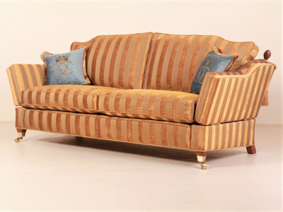 Диван James Knole (3 seater) от Gascoigne Designs в наличии